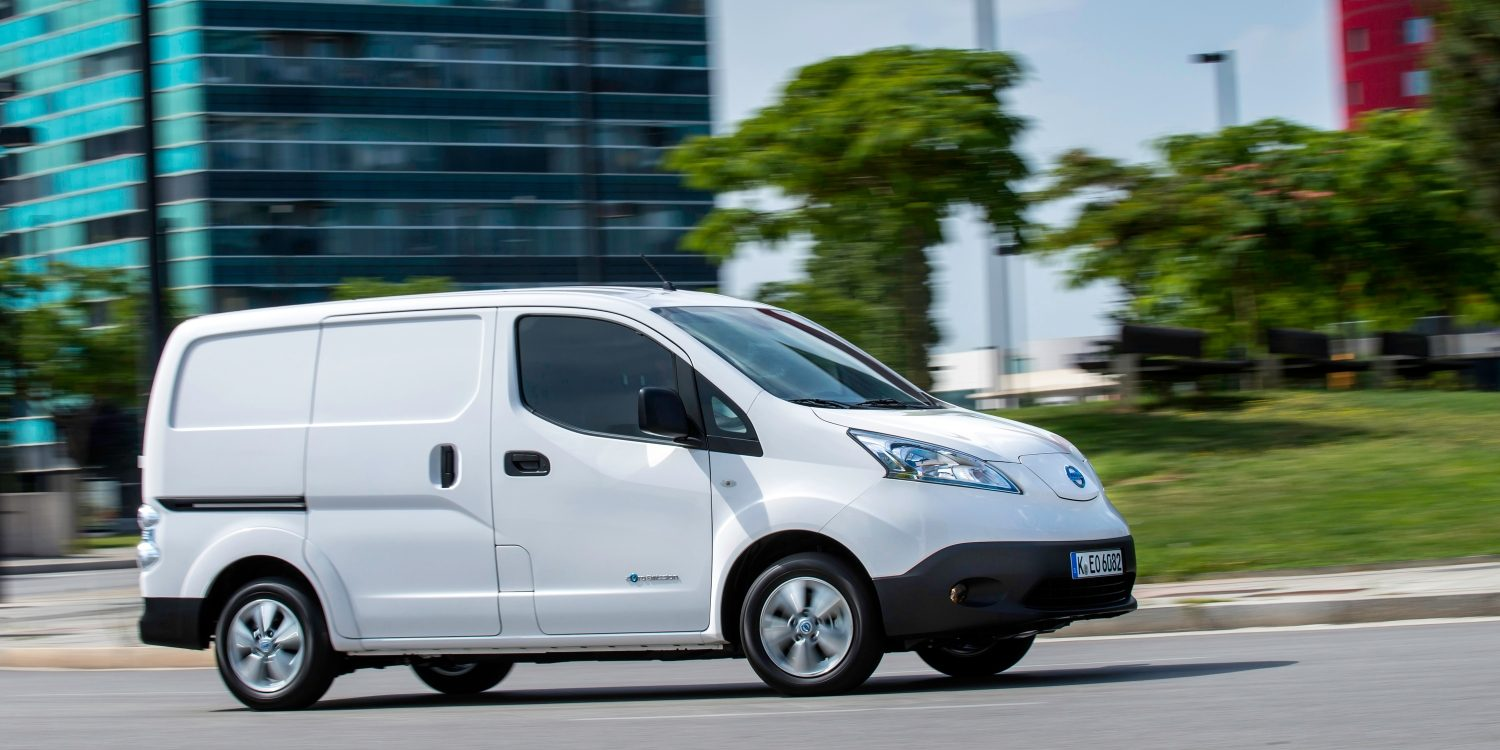 Nissan e-NV200 - Set i aktion 3/4 fra passagersiden
