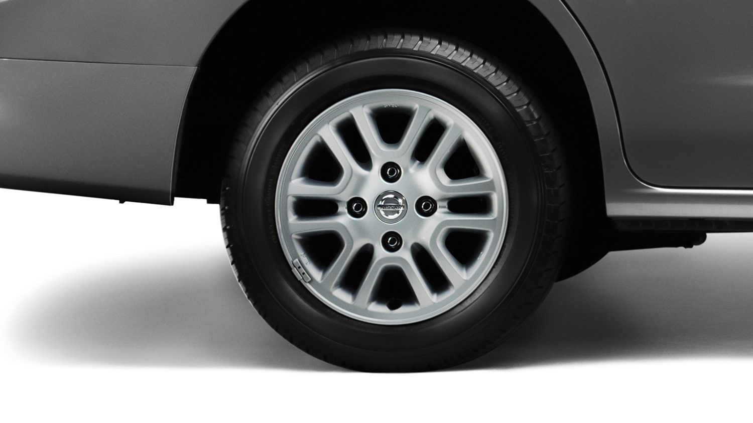 "Nissan Evalia - OE 14"" alloy wheel"