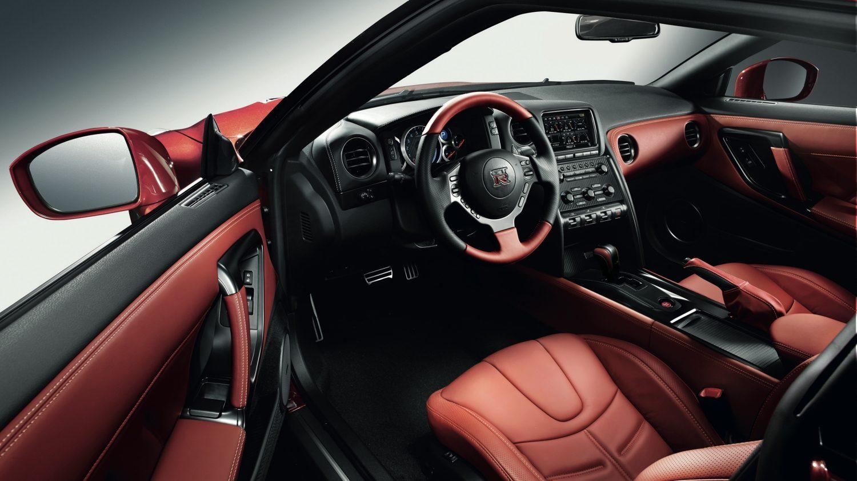 Красный салон Nissan  № 2584923 бесплатно