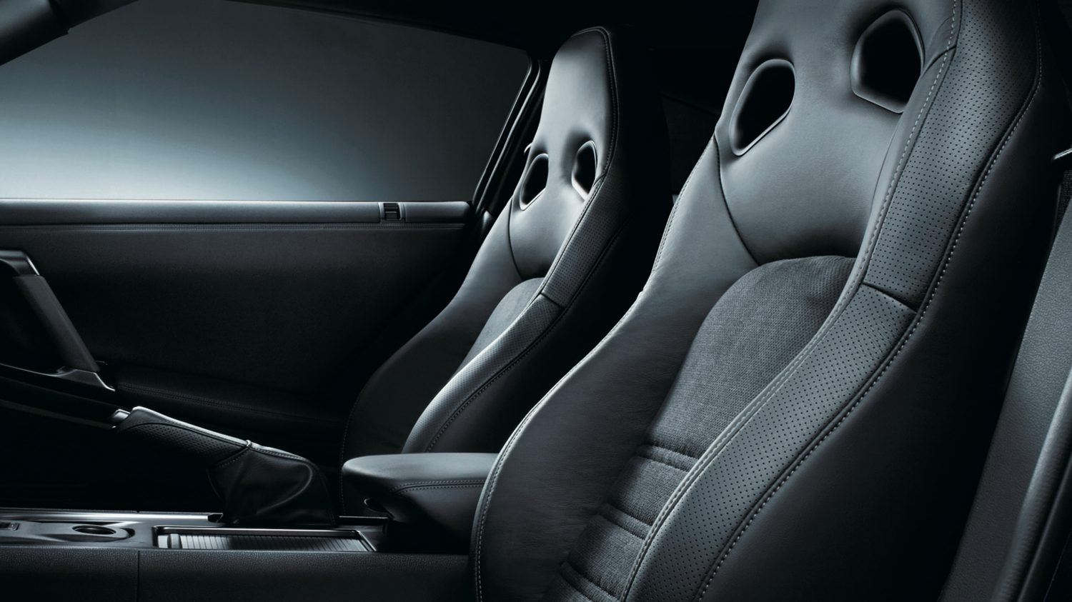 Nissan GT-R - Black Leather Synthetic Suede