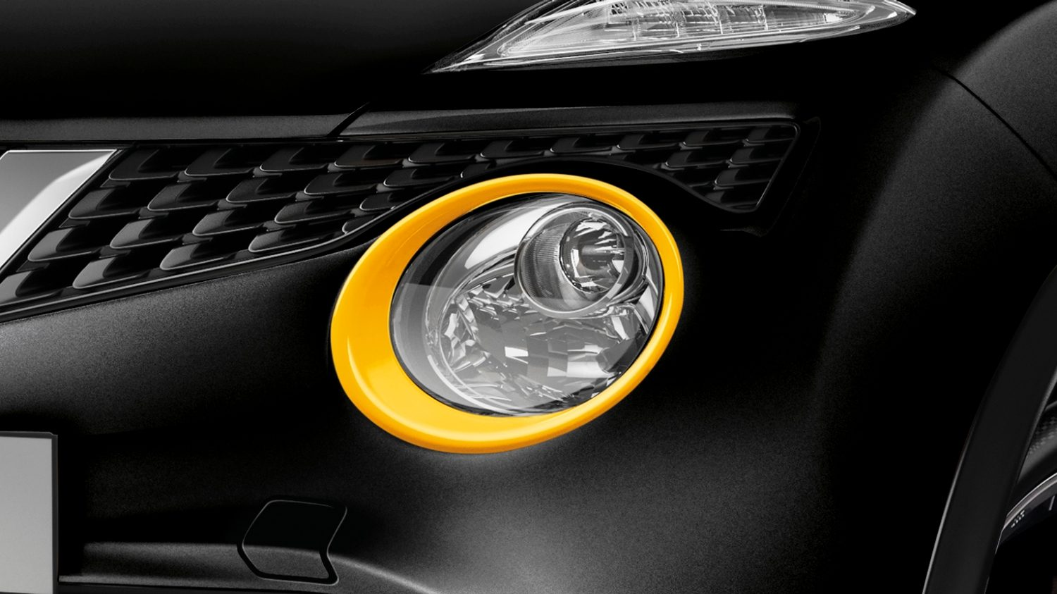 Nissan Juke - Exterior pack - Headlamp finisher