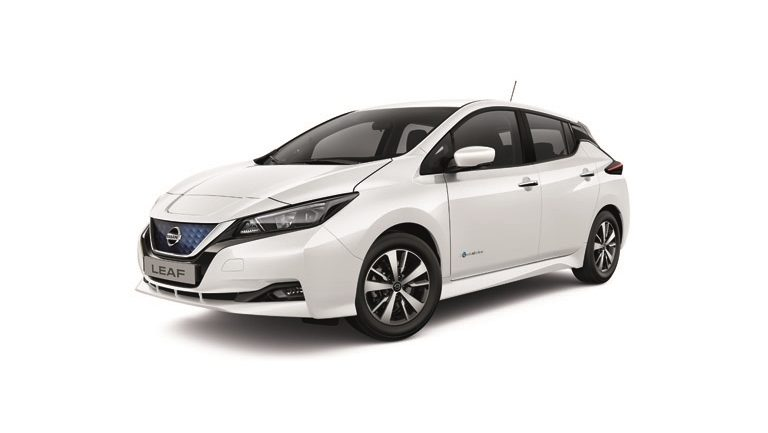 New Nissan LEAF Acenta front view