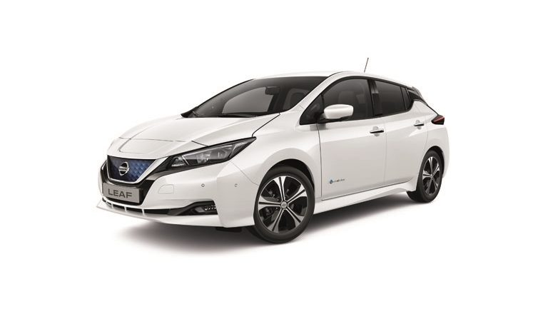 New Nissan LEAF N-Connecta front view