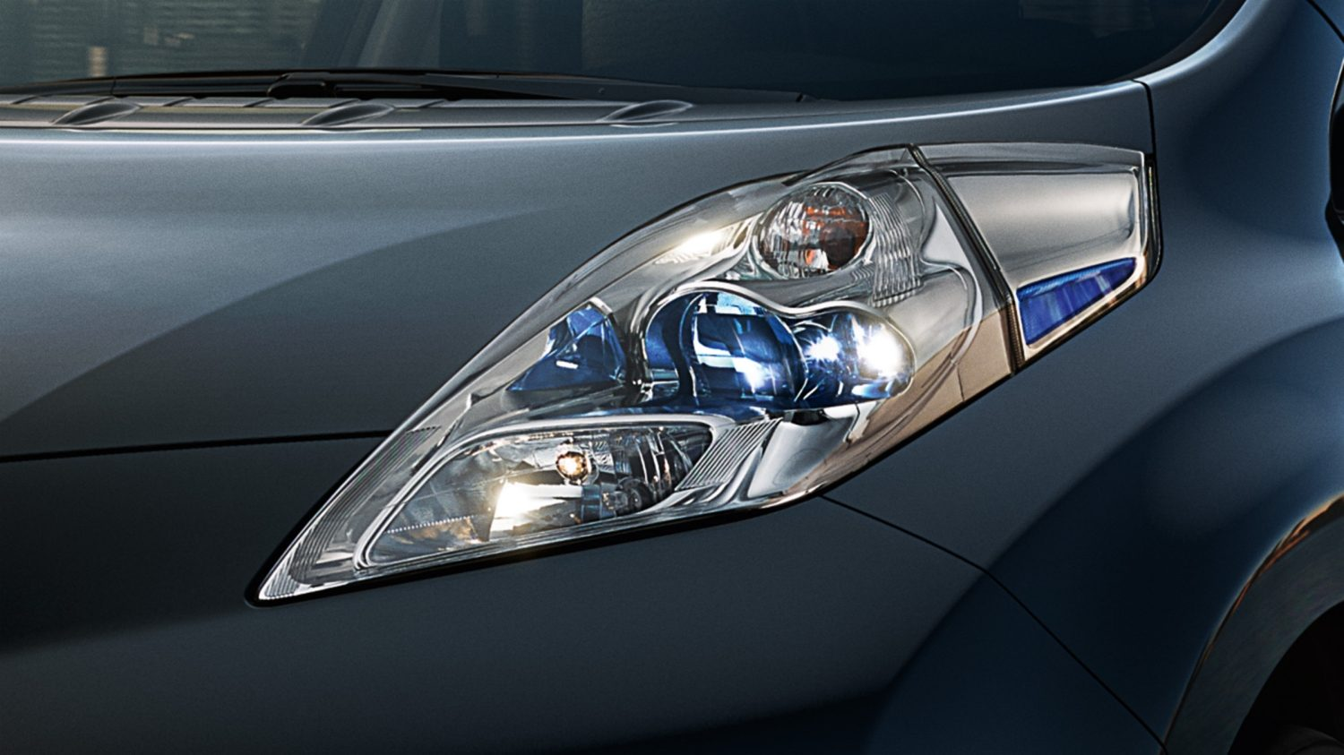 Nissan LEAF Black Edition - Kenmerkende LED-koplampen