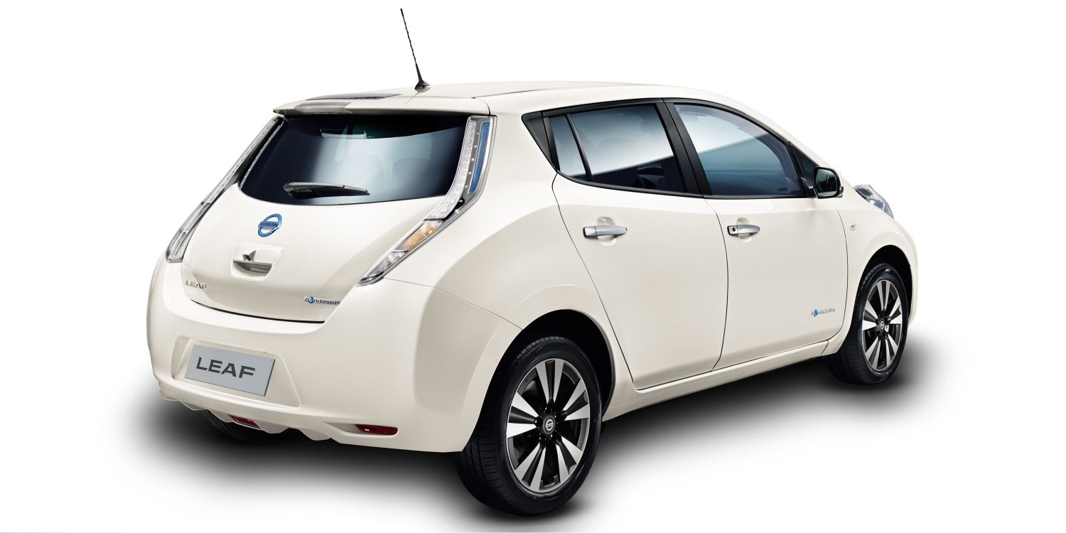 design nissan leaf. Black Bedroom Furniture Sets. Home Design Ideas
