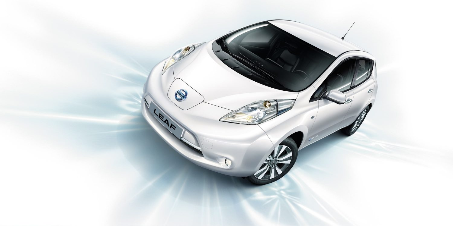 Nissan LEAF - Front angle of vehicle on blue background