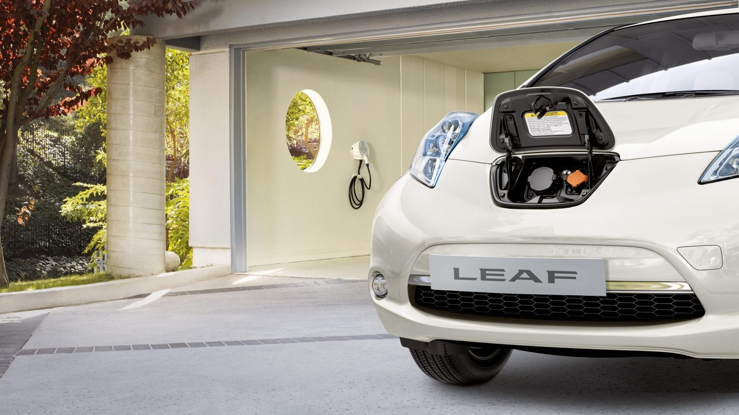 Nissan LEAF – Ladestationer