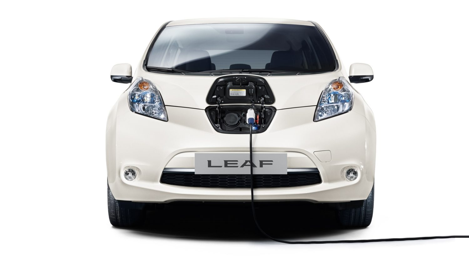 Nissan LEAF - Veicolo in carica