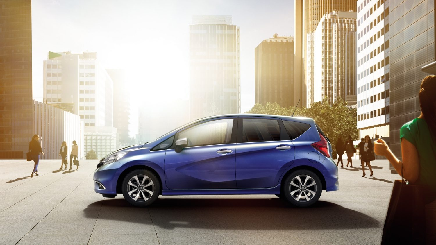 Nissan NOTE Ink Blue - Zijaanzicht