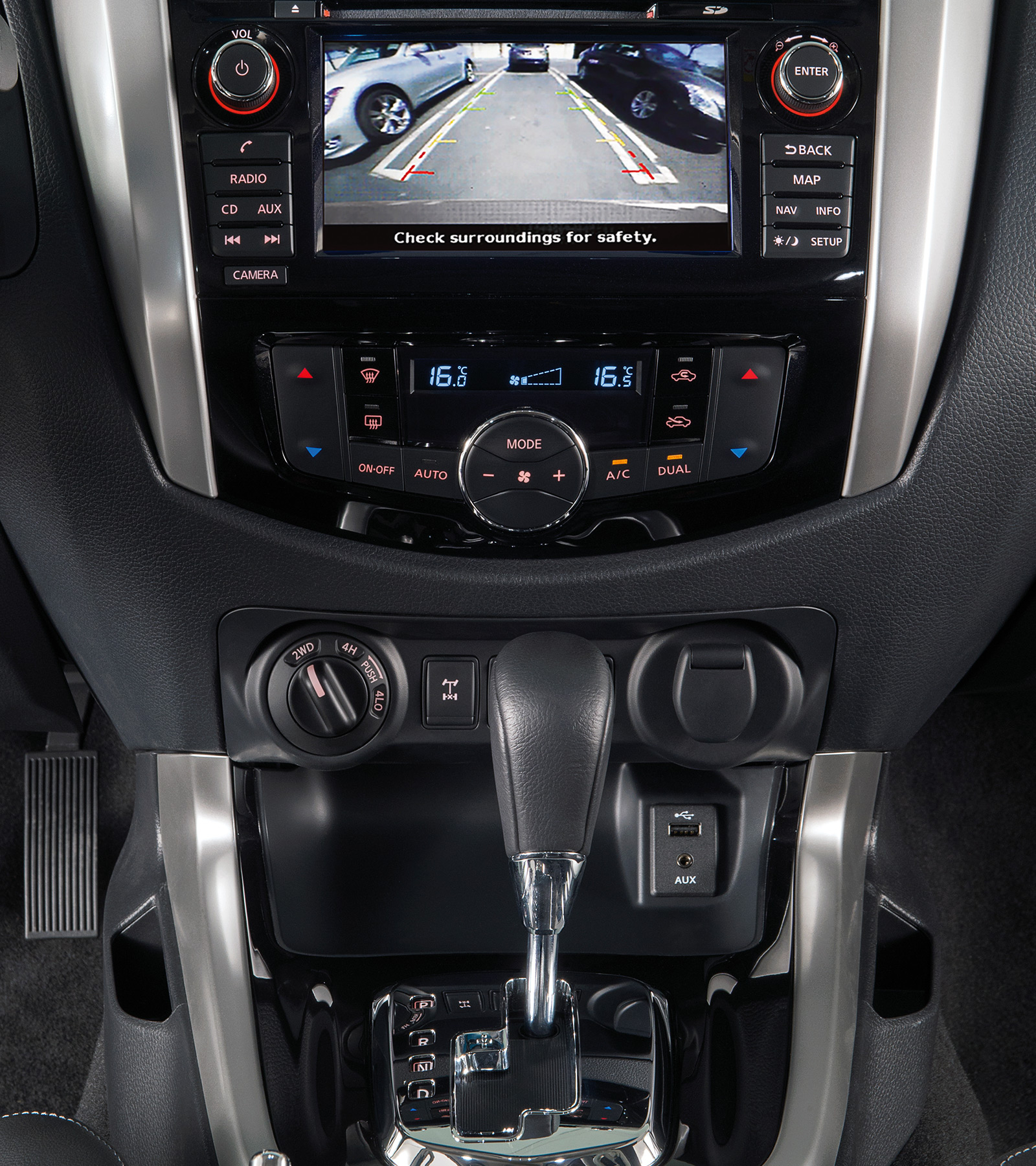 Nieuwe Nissan NAVARA Offroader at32 Around View Monitor scherm