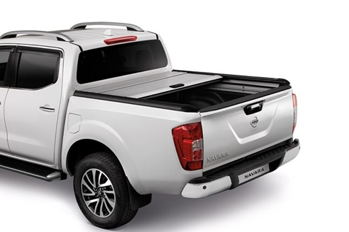 accessoires nissan navara 4x4 pick up nissan. Black Bedroom Furniture Sets. Home Design Ideas