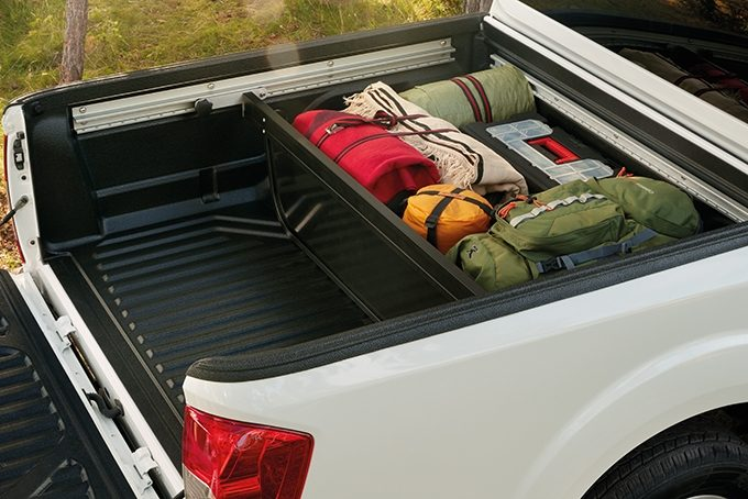 Nissan NP300 Navara Double Cab - Exterior - Bed divider