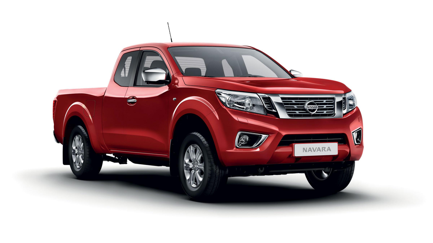 Nissan NP300 NAVARA King Cab N-Connecta - 3/4 front view