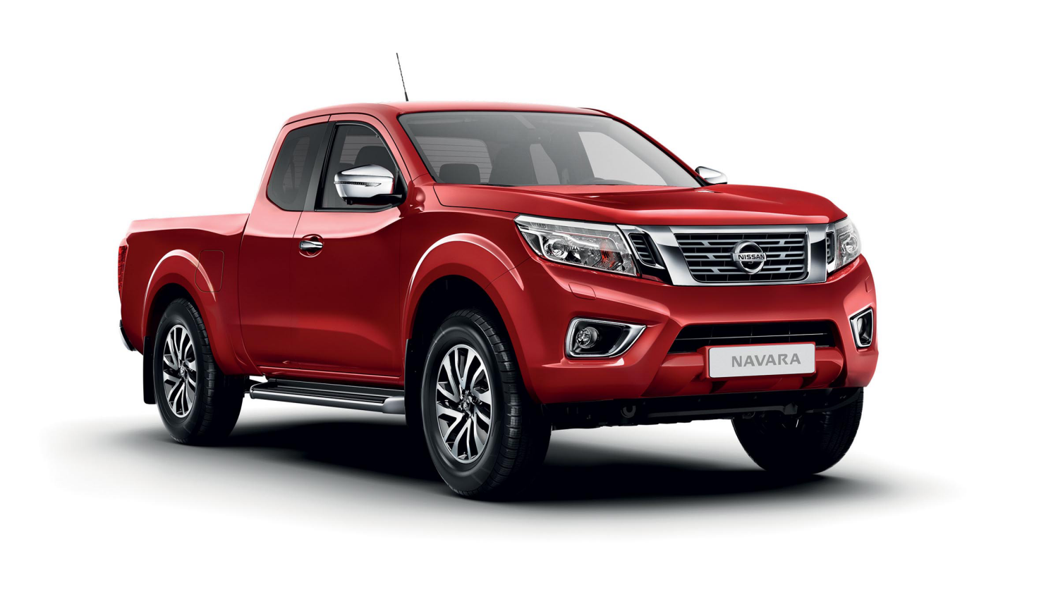 Nissan NP300 NAVARA Double Cab N-Connecta - 3/4 front view