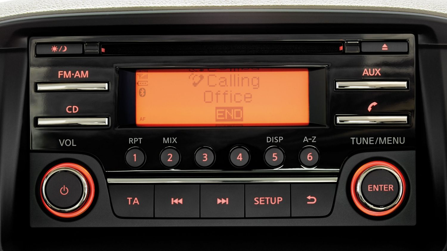 Nissan NT400 - Système mains libres Bluetooth® audio/radio/CD