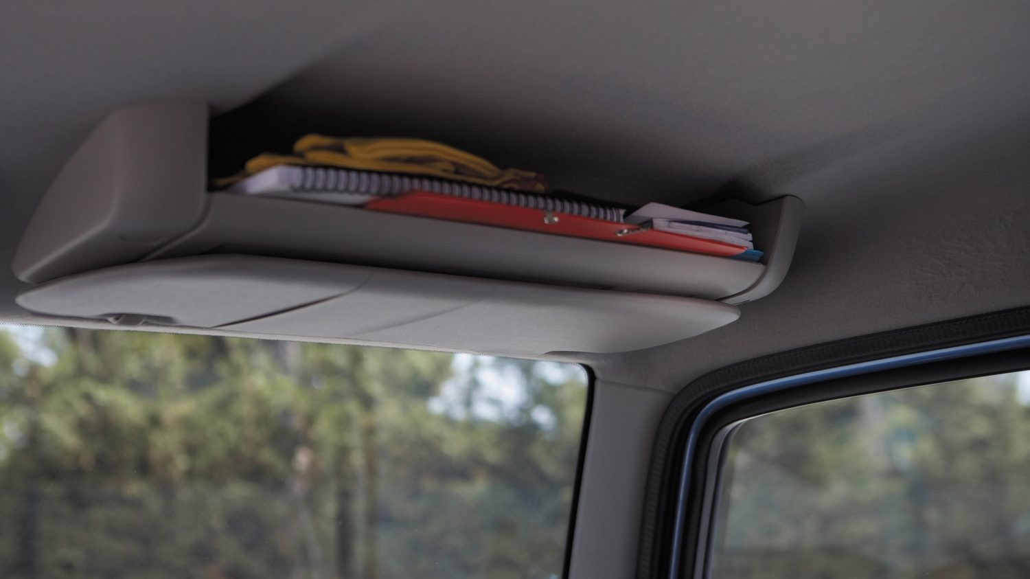 Cabstar | Nissan NT400 | Storage compartments