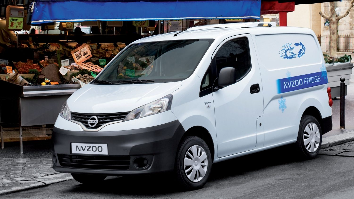 NISSAN NV200 – OPTIMALE AUSSENAUSSTATTUNG
