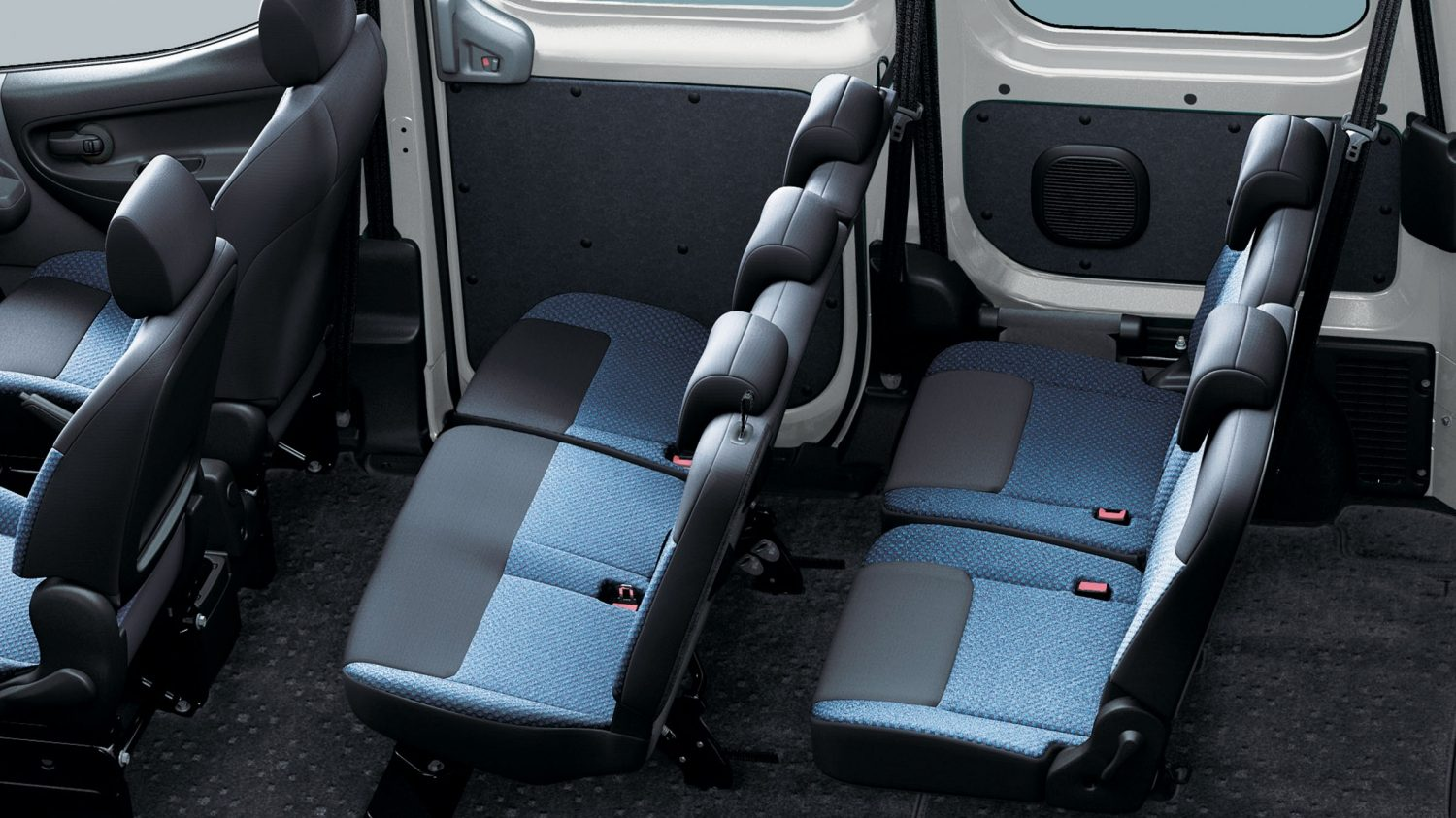 Van | Nissan NV200 Combi | Seating