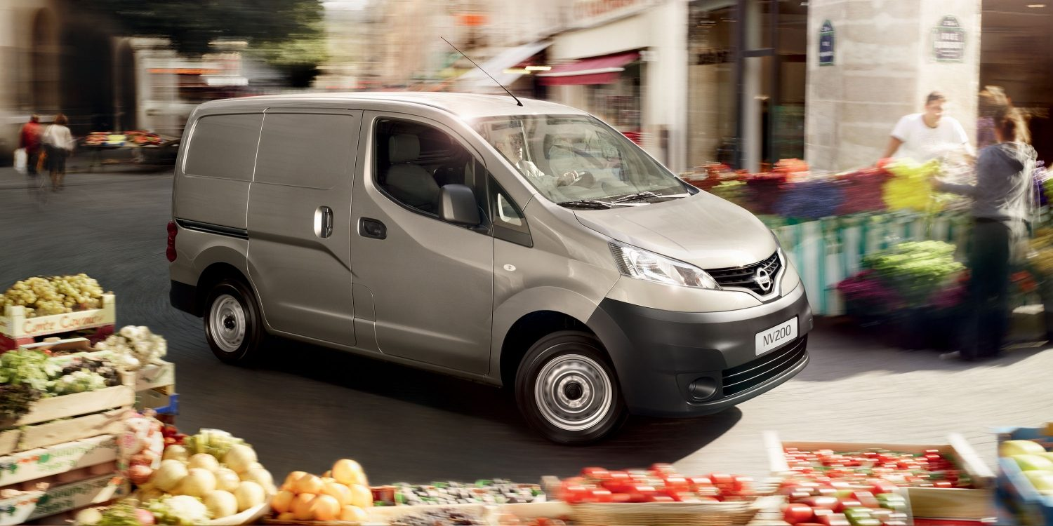 Nissan NV200 - Vista frontale 3/4 in movimento