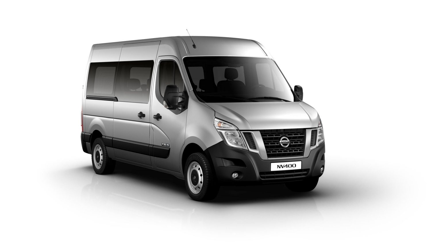 version combi nissan nv400 fourgon utilitaire nissan. Black Bedroom Furniture Sets. Home Design Ideas