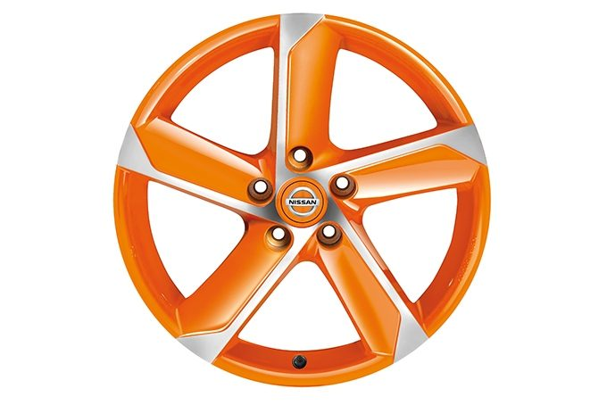 "Nissan Pulsar hatchback - 18"" HIMALAYA Alloy wheel Oppama Orange Diamond cut"