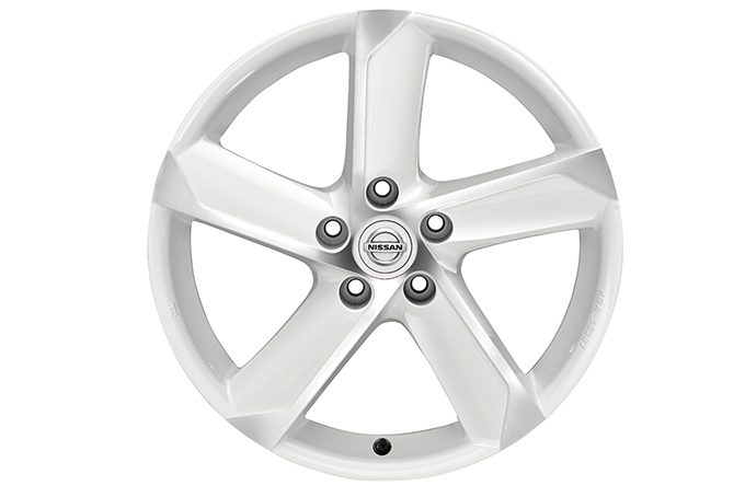 "Nissan Pulsar hatchback - 18"" HIMALAYA Alloy wheel London White Diamond cut"