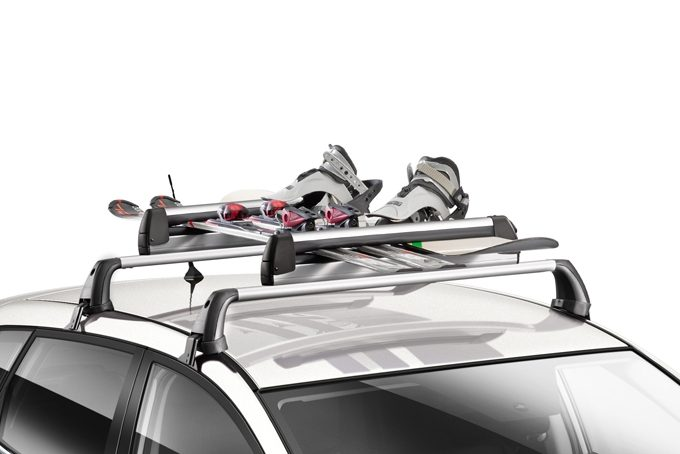 Nissan Pulsar hatchback - Ski carrier up to 6 pairs