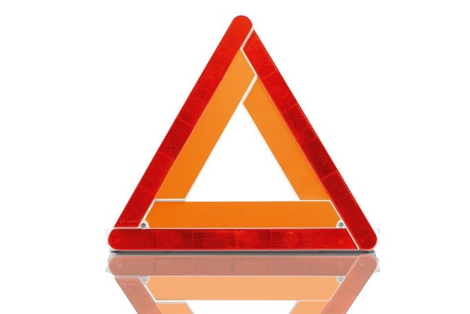 Nissan LEAF - Safety - Warning triangle