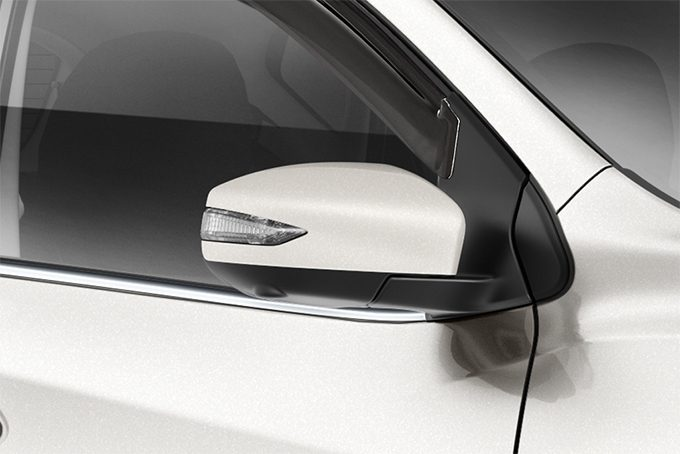 Nissan Pulsar hatchback - Auto folding Mirror