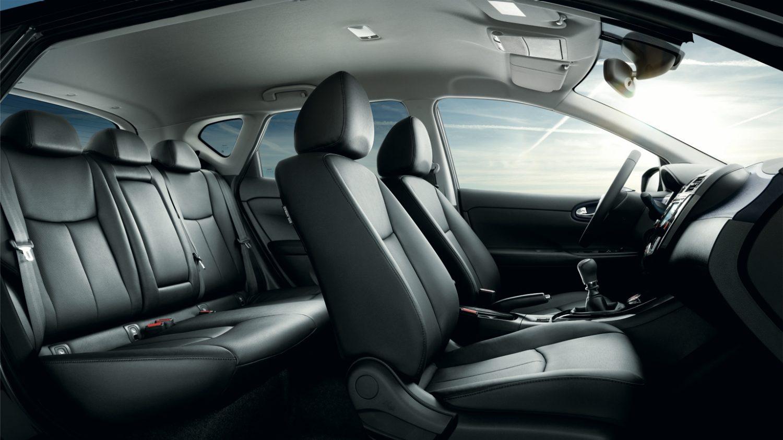 Nissan pulsar hatchback