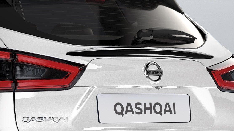 Накладка на стекло двери багажника для Nissan QASHQAI, черная