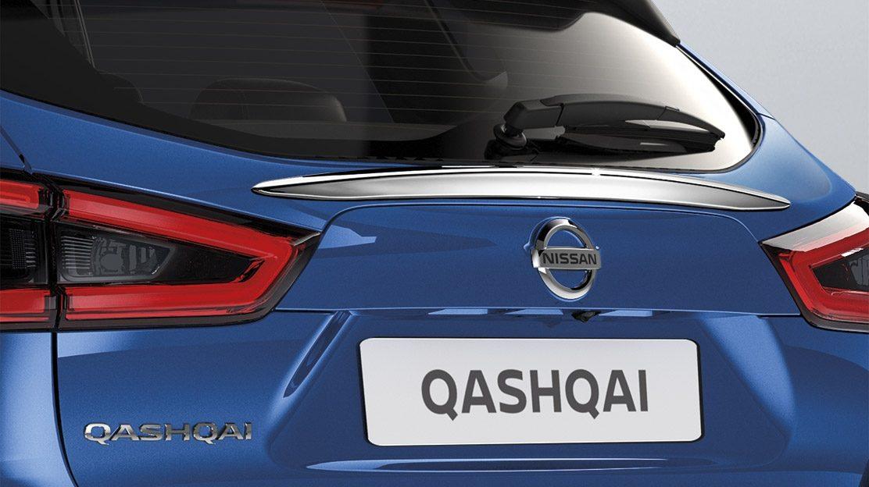 Хромированная накладка на стекло двери багажника для Nissan QASHQAI