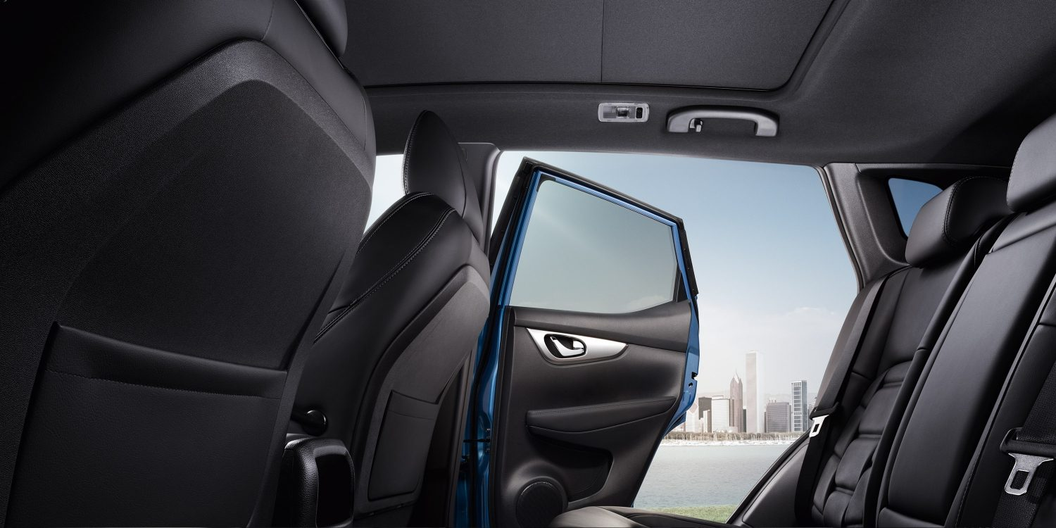 Qashqai interior profile 2nd row with rear door open and glassroof