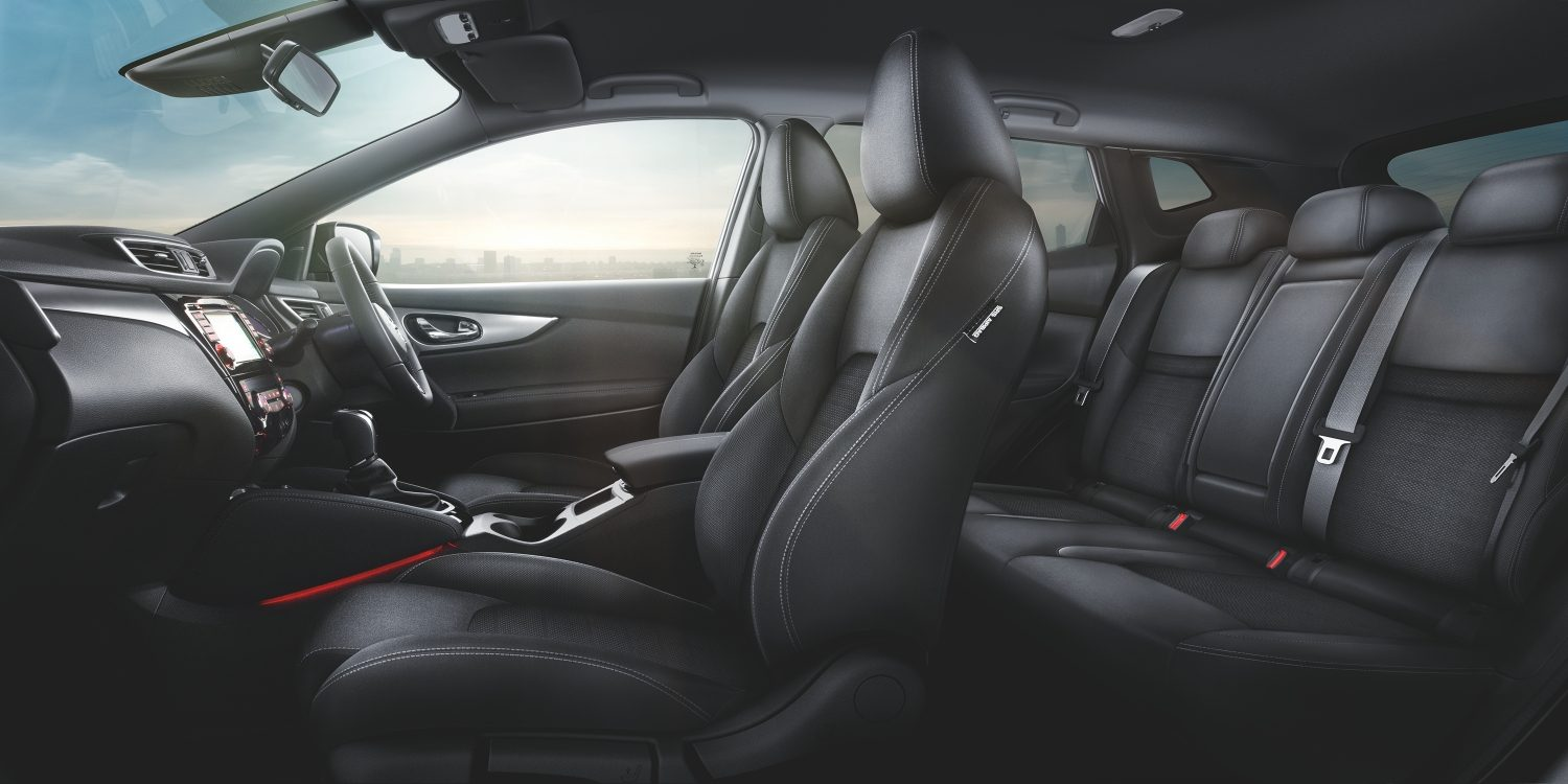 Qashqai Large interior - Black Cloth Trim Monoform style seats