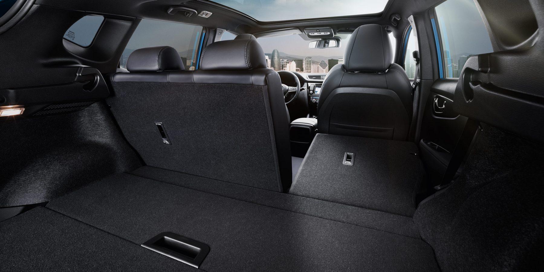 Конфигурация багажника для рационального хранения в Nissan QASHQAI