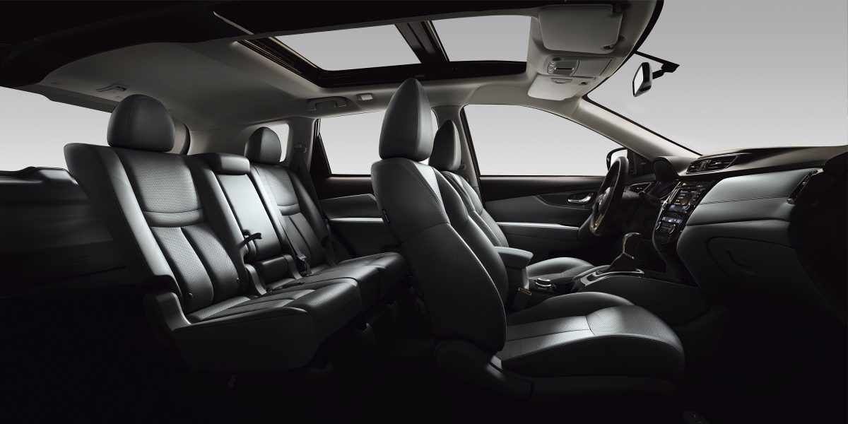 Nissan X-TRAIL, интерьер крупным планом— мягкий, как бархат