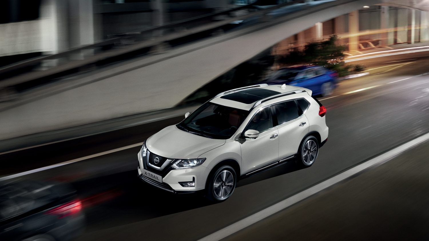 nissan x trail 2017 4x4 suv 7 places nissan. Black Bedroom Furniture Sets. Home Design Ideas