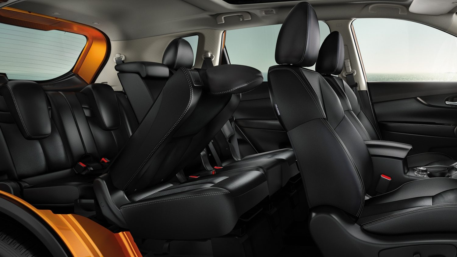 New Nissan X-Trail 2017 EZ flex seating interior profile view