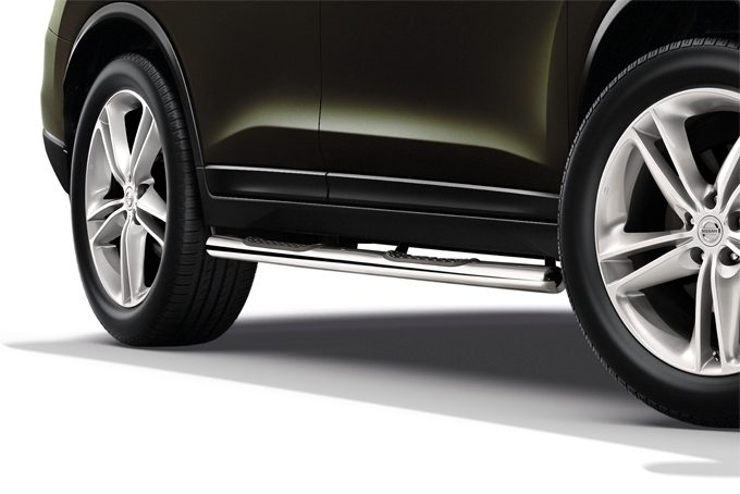 Nissan X-Trail - Exterior - Side bars with steps