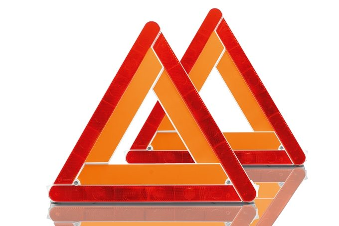 Nissan X-Trail - Safety - Warning triangle