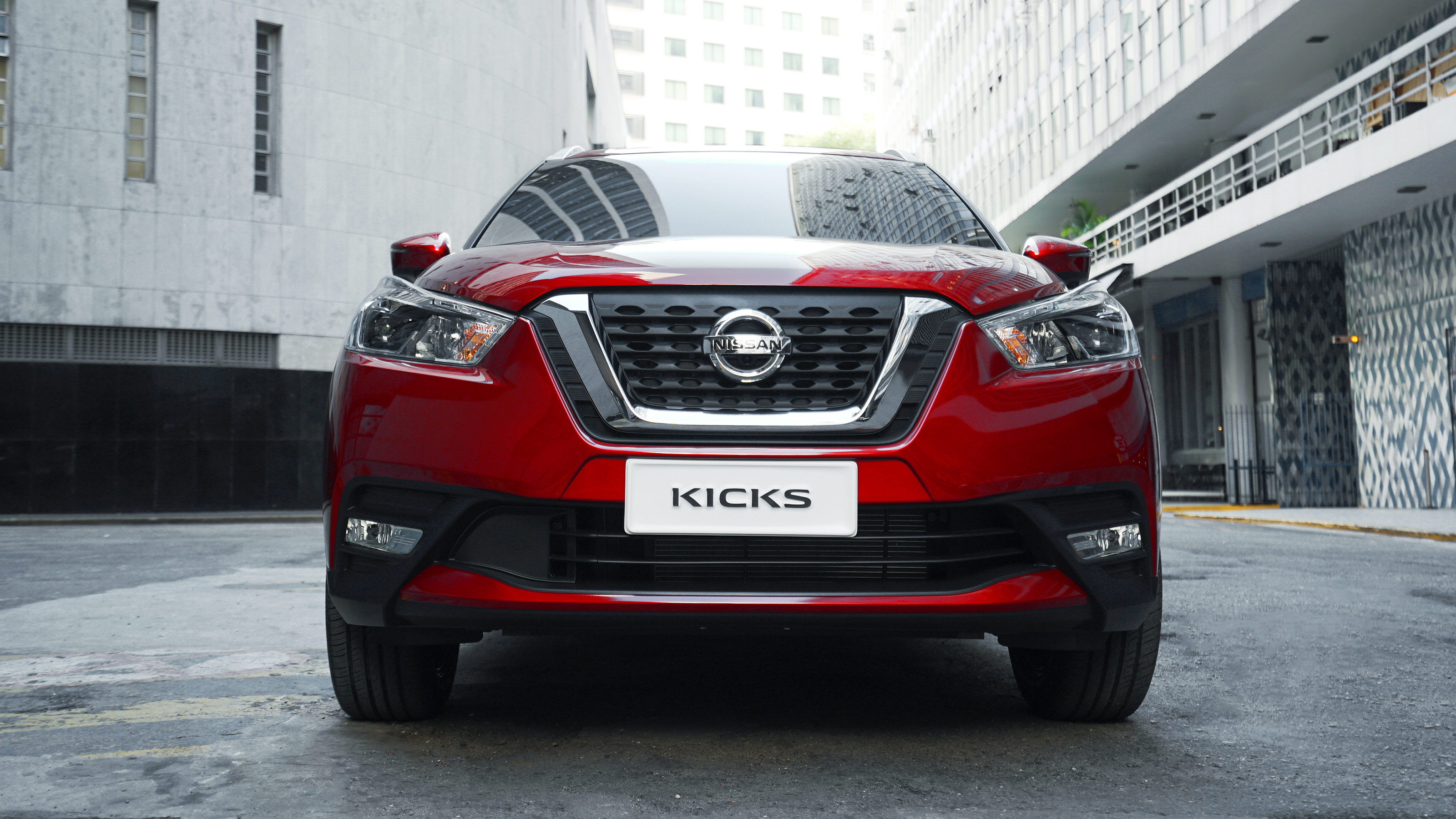 Nissan Kicks parrilla