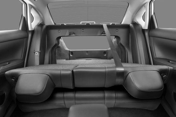 Asientos abatibles del nuevo Nissan Sentra