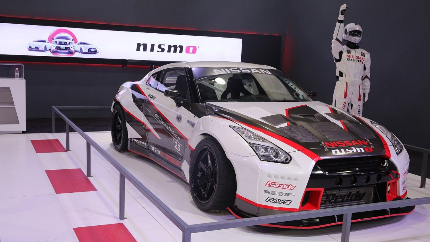 Record-breaking Nissan GT-R steals the spotlight at Saudi International Motor Show 2017