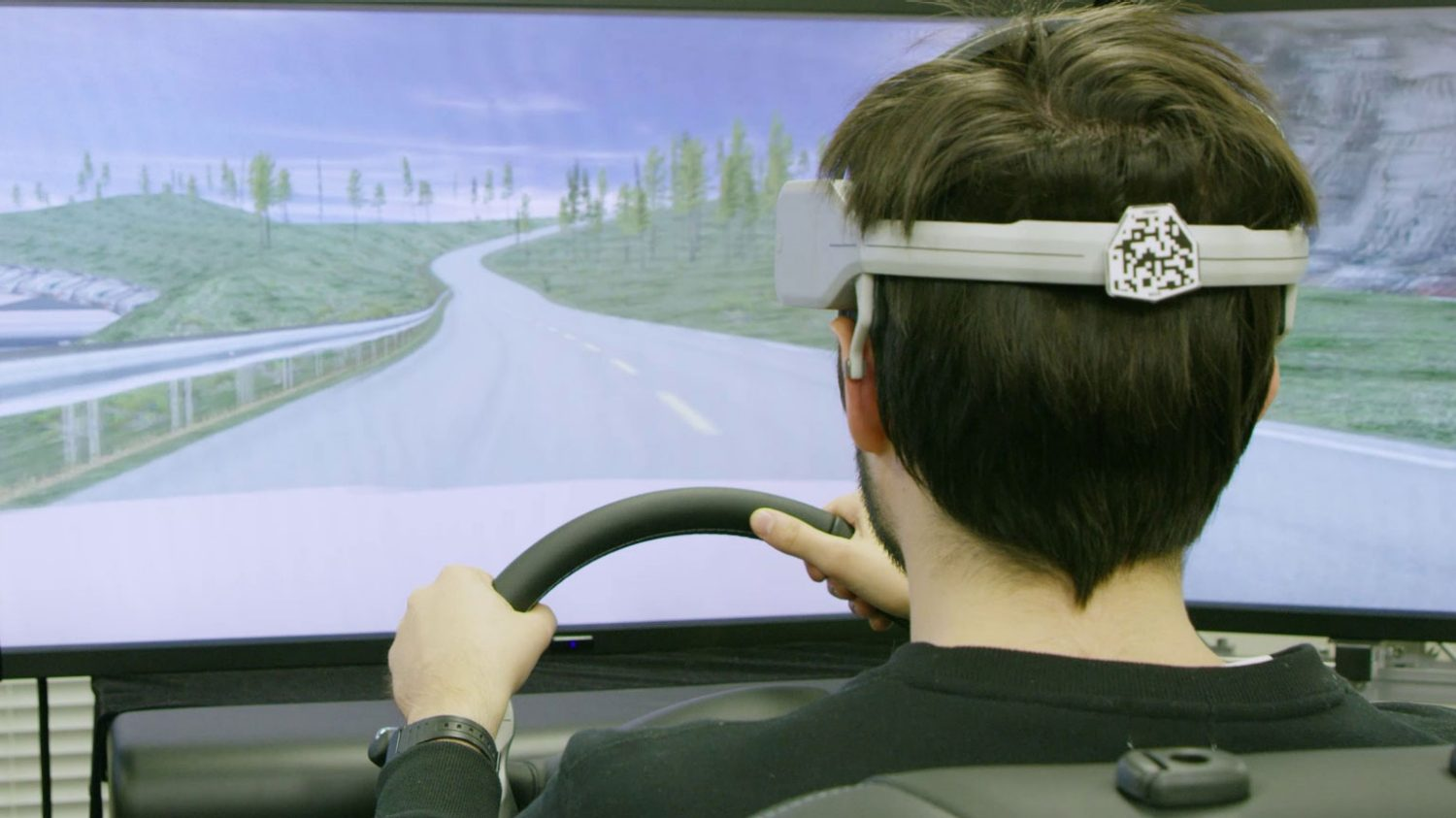 Nissan to show Brain-to-Vehicle technology, new LEAF at CES