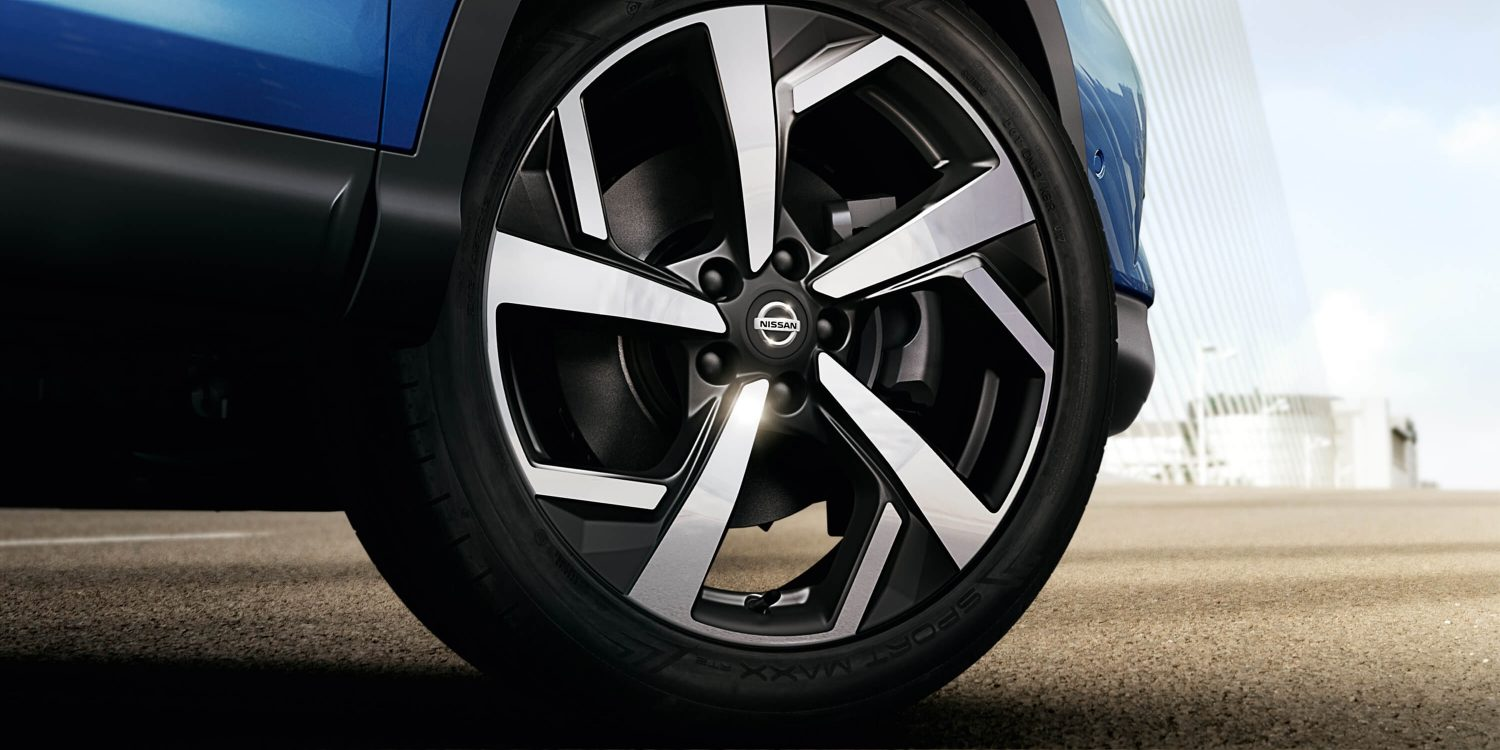 Qashqai Exterior detail shot of wheel