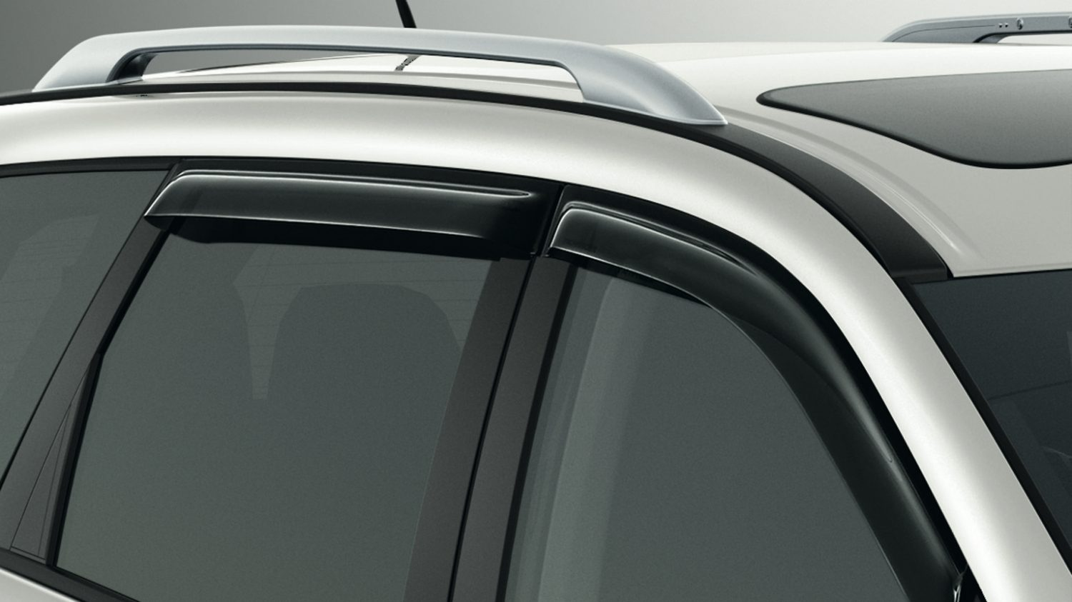 Nissan Pathfinder - Wind deflectors