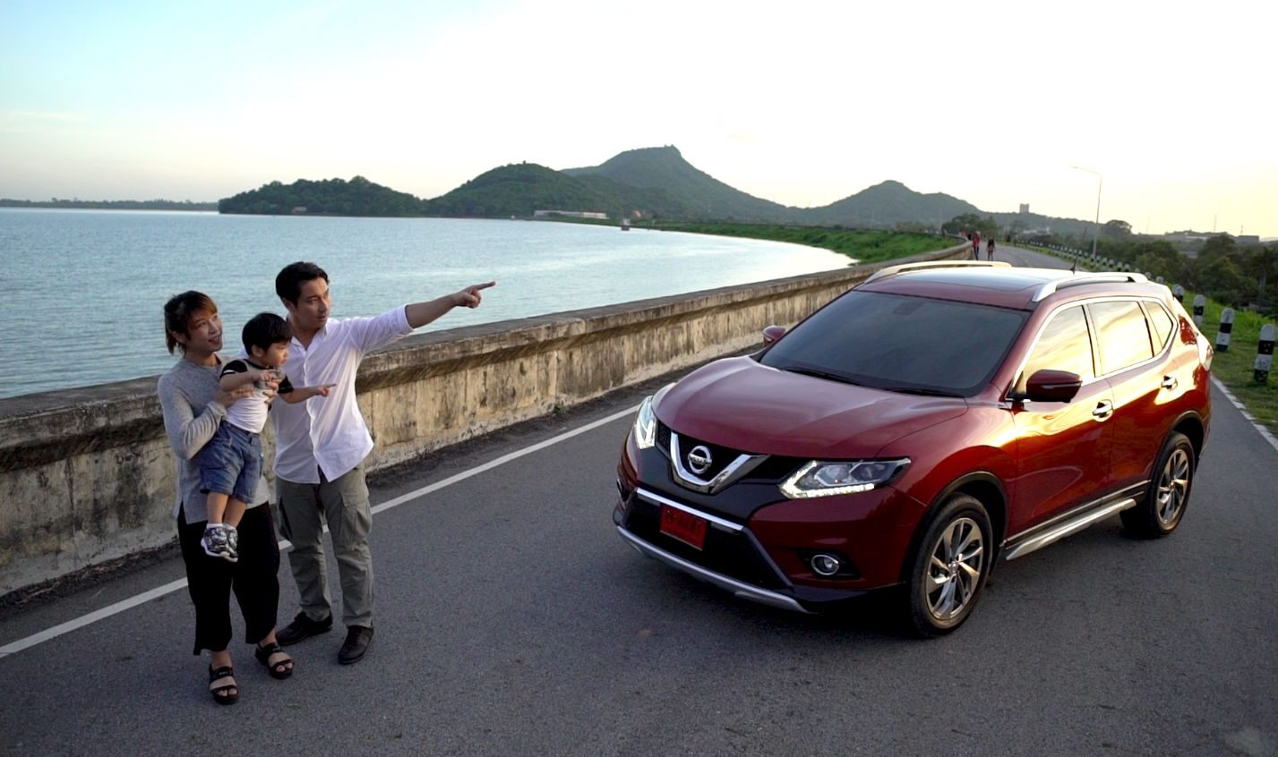 NISSAN X-TRAIL THE INTELLIGENT SUV