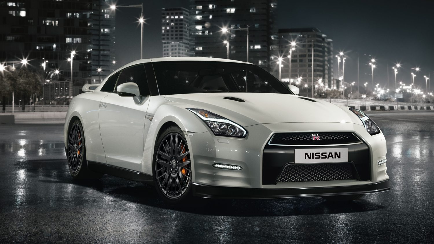 INTRODUCING GTR MY2015